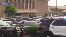 Detienen a tres hombres armados en el Fashion Fair de Fresno
