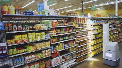 Walmart sustituye a trabajadores por robots para controlar su inventario