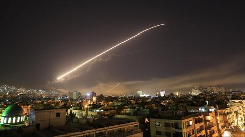 EEUU, Reino Unido y Francia lanzan un ataque conjunto contra centros de almacenamiento de armas químicas en Siria