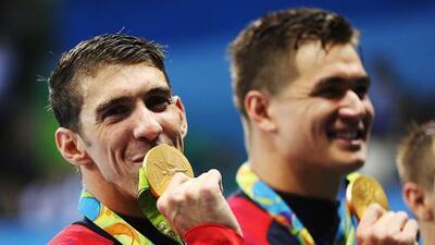 Sigue los Juegos Olímpicos al instante: Phelps logra su medalla 23 y la número 19 de oro