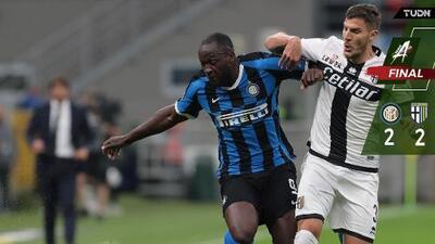 Con polémico gol, Inter y Parma dividen puntos
