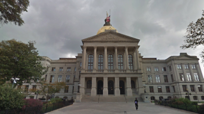 Cámara de Representantes aprueba restricciones a abortos en Georgia