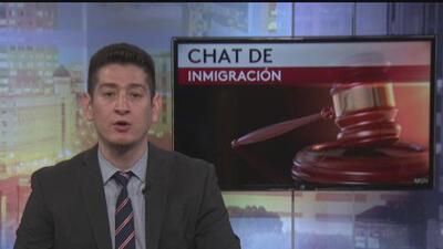 """Chat de inmigración: """"mi esposo fue atacado en la calle, ¿puede solicitar la visa U aunque esté deportado?"""""""