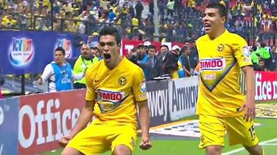 ¡No eres el único, Gignac! Raúl Jiménez le disputa al francés el top 5 de mejores goles de taco