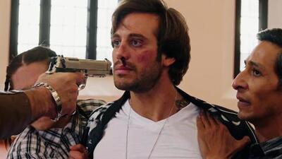 Charly fue golpeado salvajemente por Monchis y casi es asesinado
