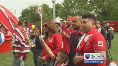 Fanáticos listos para vivir el partido de Costa Rica Vs Estados Unidos