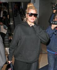 Khloe Kardashian ignora el sexo de su bebé, pero ya escogió un nombre por si es varón