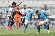 El doblete de Victor Osimhen, gol de Piotr Zielinski y gol de Hirving Lozano, Napoli le hace la diablura al Spezia y los vencen 1-4.