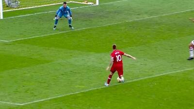 Aleksandar Katai vence al portero con un letal disparo cruzado y empata el marcador