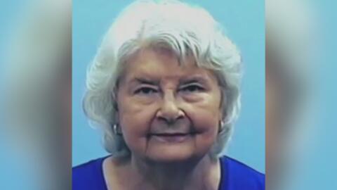 La asesinaron y ocultaron su cuerpo durante dos años para poder cobrar cheques a su nombre