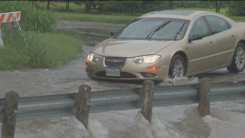 Autoridades de San Antonio alerta sobre inundaciones y apagones provocados por las lluvias