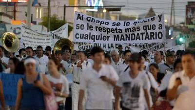 Guerra de marchas a favor y contra El Chapo