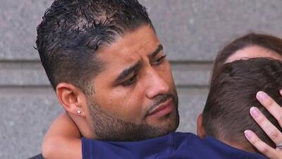 Prosecutors delay case against father whose twins died from heatstroke in car
