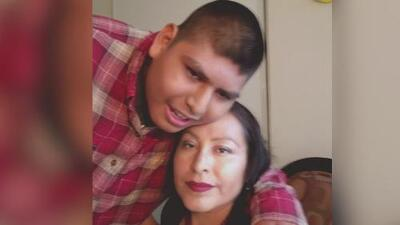 """""""Siempre estará en mi mente"""": habla la madre del joven autista que murió en una escuela del condado de Orange"""