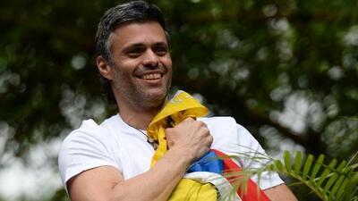"""""""A través del voto podemos cambiar la situación en Venezuela"""": hermana de Leopoldo López"""