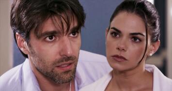 Sergio apareció herido en el hospital para que Regina lo atendiera