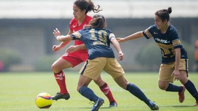 Pumas perdió su buena racha y Monarcas se llevó la goleada de la jornada en la liga MX Femenil