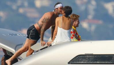 En fotos: el día en que David Beckham superó a Elton John como el papá y marido ideal