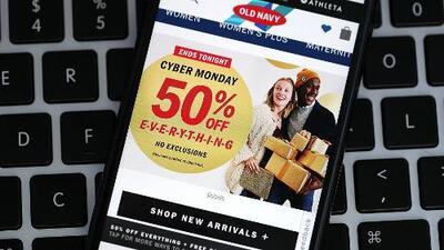 Policía de Miami-Dade ofrece lugares seguros para realizar compras online en el Cyber Monday