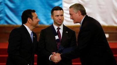 Estados Unidos firma acuerdo con Guatemala para frenar el tráfico de personas y de drogas