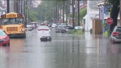 Al menos nueve estados de EEUU en alerta por el desborde repentino de ríos