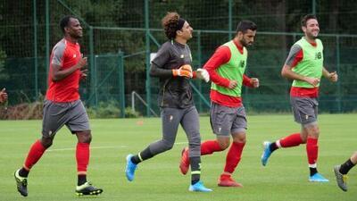 Volvió Ochoa…a los entrenamientos con el Standard de Lieja