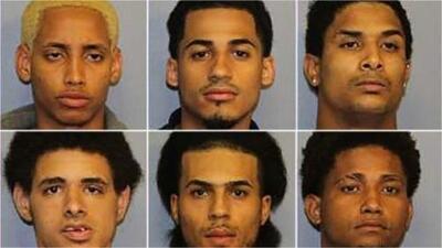 Acusados por el asesinato a machetazos de 'Junior' se presentan en la corte