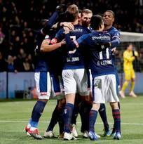 'Chucky' Lozano sigue siendo determinante; da pase de gol en triunfo del PSV ante Heracles