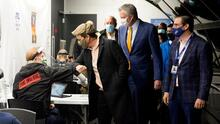 Nueva York abre un sitio de vacunación en Broadway para los trabajadores del teatro, el cine y la televisión