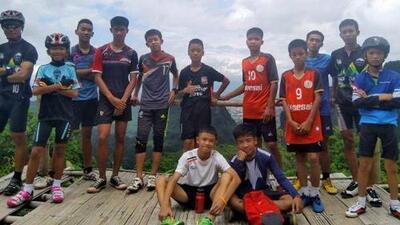 Estos son los 12 niños que pasaron 17 días atrapados junto a su entrenador en una cueva en Tailandia