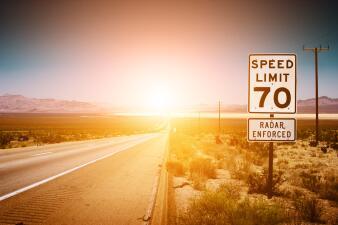 ¡Que no te multen! Estados donde es más costoso irrespetar los límites de velocidad