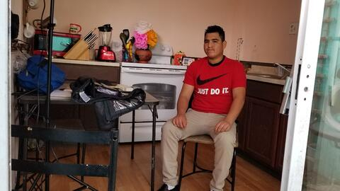 Se negó a firmar su deportación y por eso lo torturaron sin piedad
