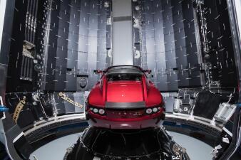 Tesla Roadster el primero en viajar al espacio