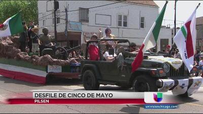 Tradicional desfile del 5 de mayo en Chicago