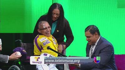 Teletón USA, Sammy Sosa sorprendió a Charly quien sueña con ser beisbolista