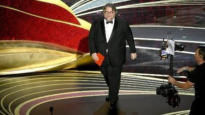 Guillermo del Toro tuitea y cambia la suerte de México en las Olimpiadas de Matemáticas de Sudáfrica