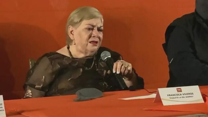 Entre lágrimas, Paquita la del Barrio anuncia su candidatura para ser diputada de Veracruz