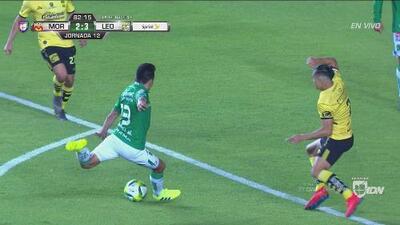 El 'Messi' Mena lo hizo de nuevo: adentro y 3-2 del León al Morelia