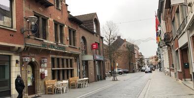 Puurs: el pequeño pueblo que pasó de fabricar cerveza a producir la primera vacuna contra el covid-19