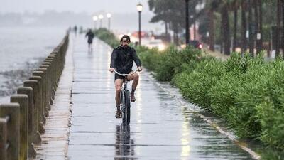 Carolina del Sur siente los efectos de Dorian, el huracán que en su camino recobró fuerza y es categoría 3