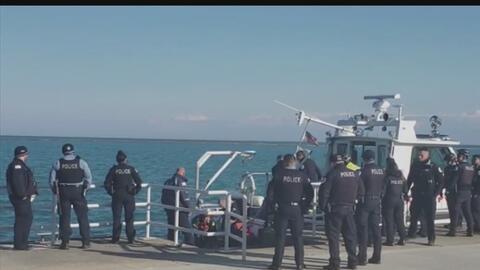 Recuperan un cuerpo que flotaba en las aguas del lago Michigan al sur de Chicago