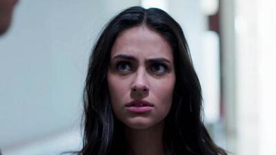 Adela no pudo ocultar los celos que siente al ver a Miguel y Jimena juntos