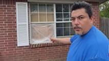 Este hispano y su familia fueron amenazados por un sospechoso que ingresó violentamente a su casa en Dallas