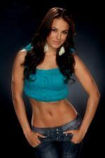 Gina Holguin no es solo una chica fitness, te presentamos su trayectoria