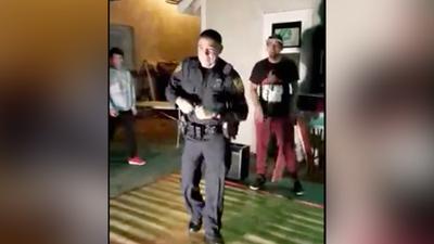 San Antonio Police Officer shows off dancing skills