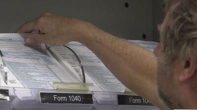 ¿Cómo puede presentar sus impuestos si no tiene un formulario W-2 de su empleador?