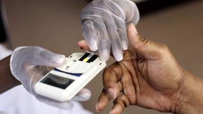 Conoce la importancia y los beneficios del automonitoreo de la diabetes en los pacientes hispanos
