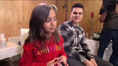 Hija de Régulo Caro tiene la chispa para las cámaras de TV y en esta entrevista lo demuestra