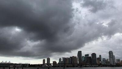Lluvias y tormentas, el clima que se prevé para este martes en Miami