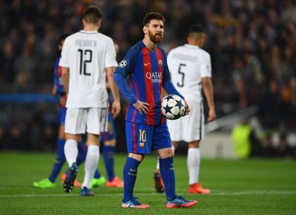 Lionel Messi (Argentina) - F.C. Barcelona - La 'Pulga' es el zurdo por excelencia. Gran remate, control y visión del juego. Siempre lleva la pelota pegada al pie.